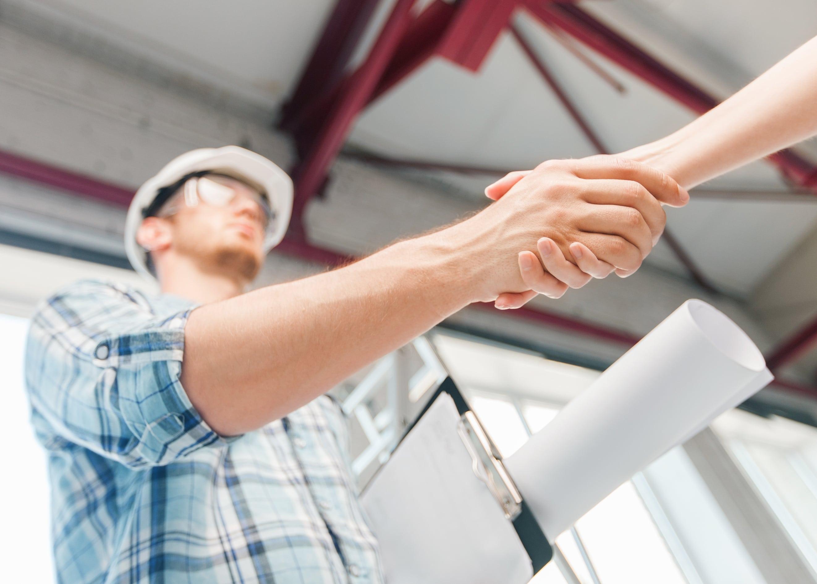 tømrerjobber, betongarbeid, nybygg, tilbygg, garasjer, hus, hytter, totalentreprise, restaurering, rehabilitering